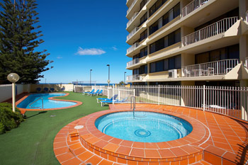 breakers-north-gold-coast-apartments