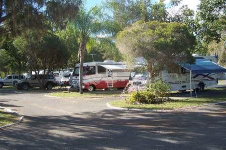 Parkhurst-Motel-and-Van-Park2
