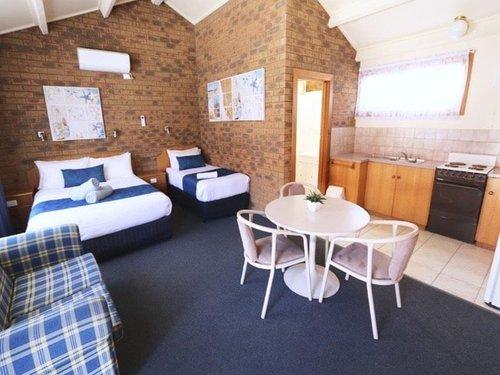 best-western-robe-melaleuca-motel-hotel-accommodation-deluxe-spa-2