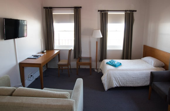 Victoria-hotel-large-family-room-2-1