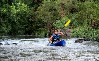 IMG_Kayaking_200x323jpg