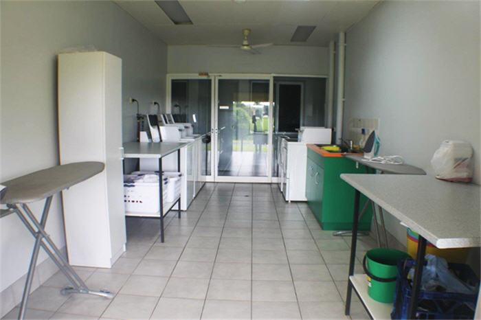 laundry-area-1