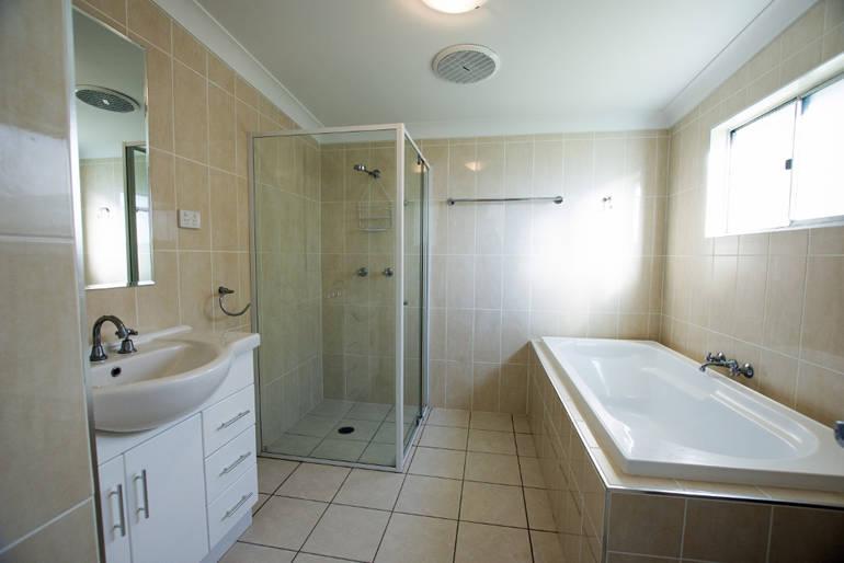 topaz-bathroompro